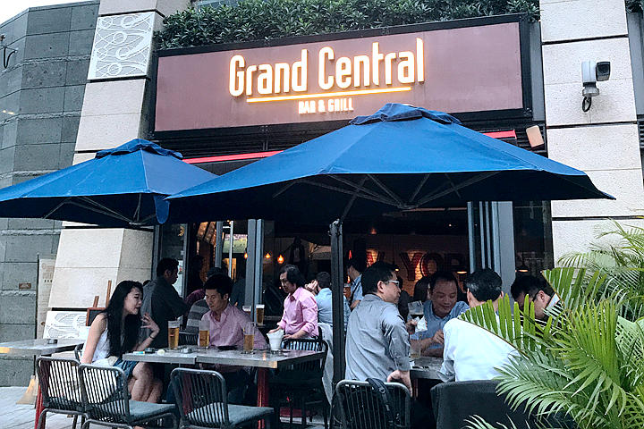 Grand Central Bar & Grill